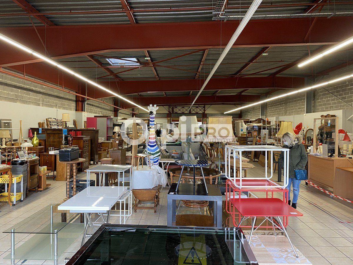Local commercial à vendre 0 620m2 à Gonfreville-l'Orcher vignette-2