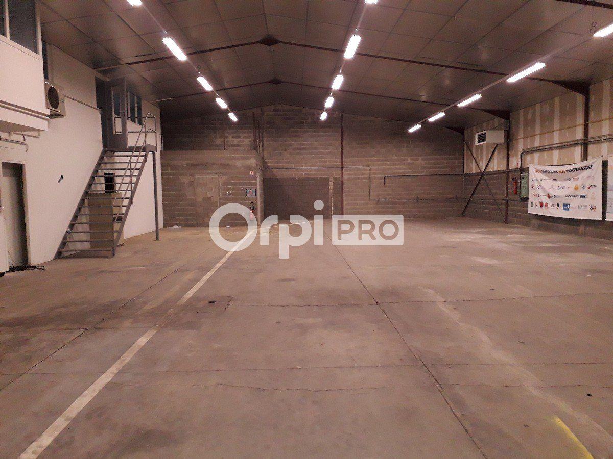 Local commercial à louer 0 520m2 à Montluçon vignette-2
