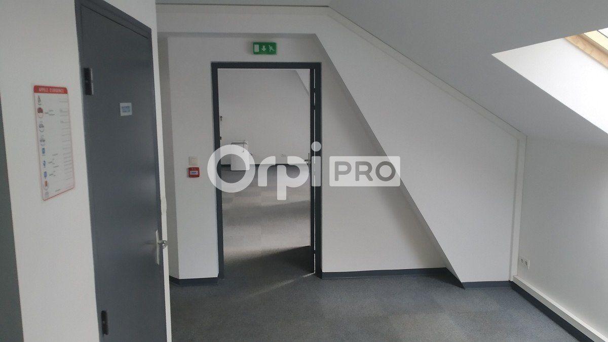 Bureau à louer 0 96m2 à Reims vignette-6