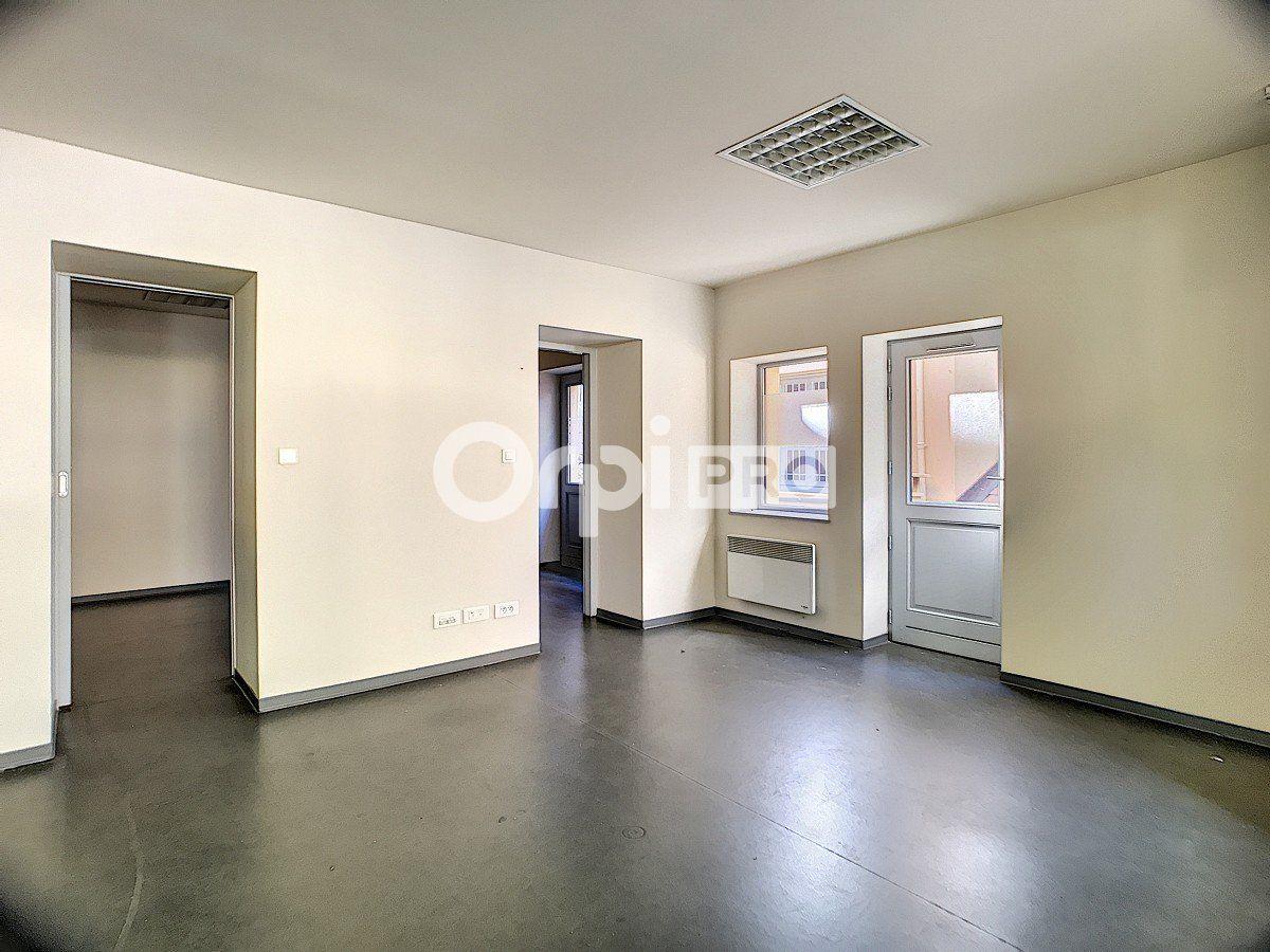 Bureau à vendre 0 175.59m2 à Trévoux vignette-6
