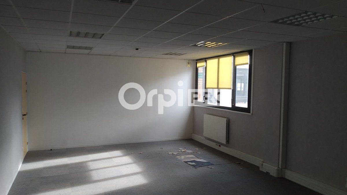 Bureau à louer 0 810m2 à Reims vignette-3
