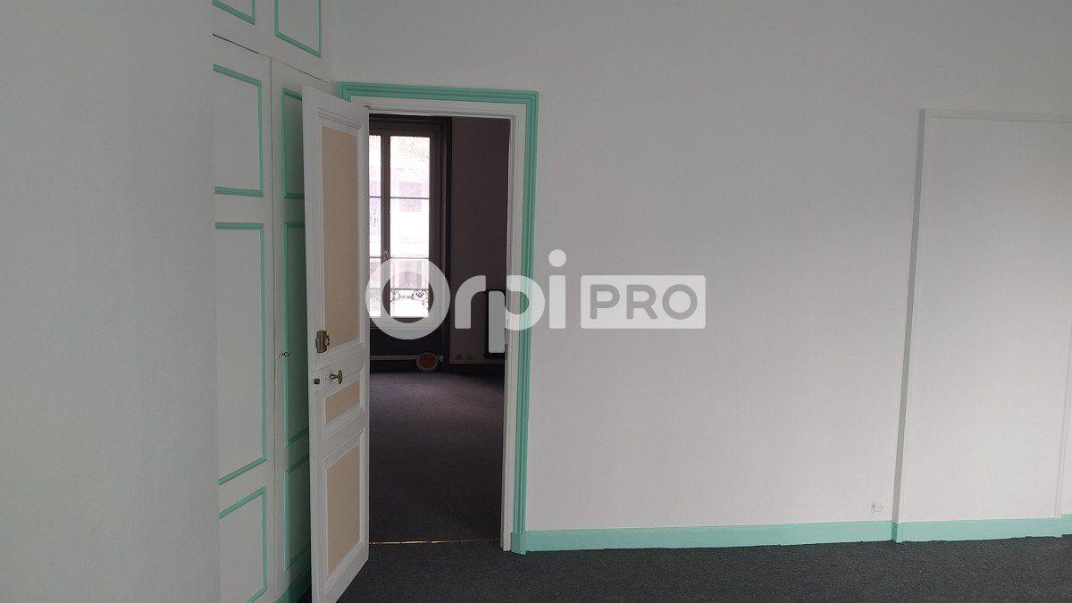 Bureau à louer 0 59m2 à Reims vignette-9