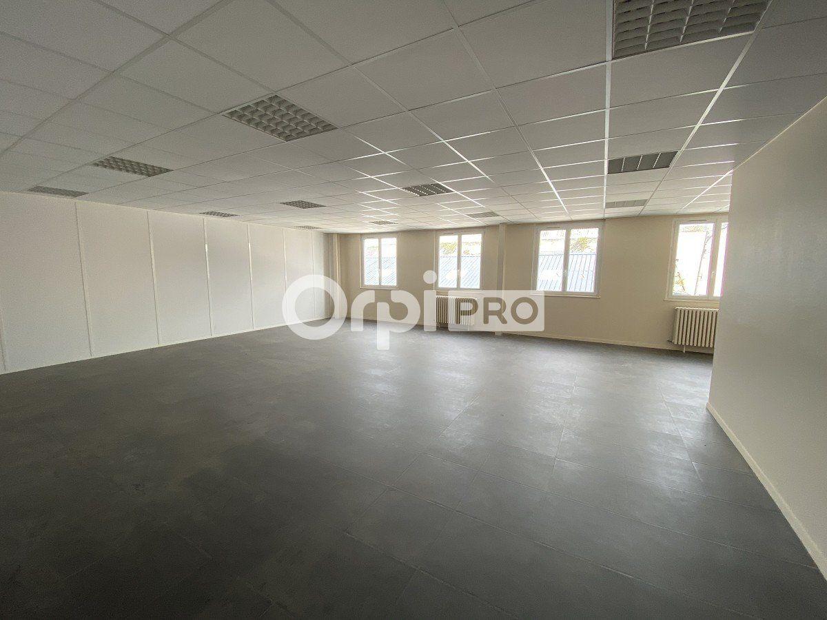 Bureaux à louer 0 96m2 à Le Havre vignette-2