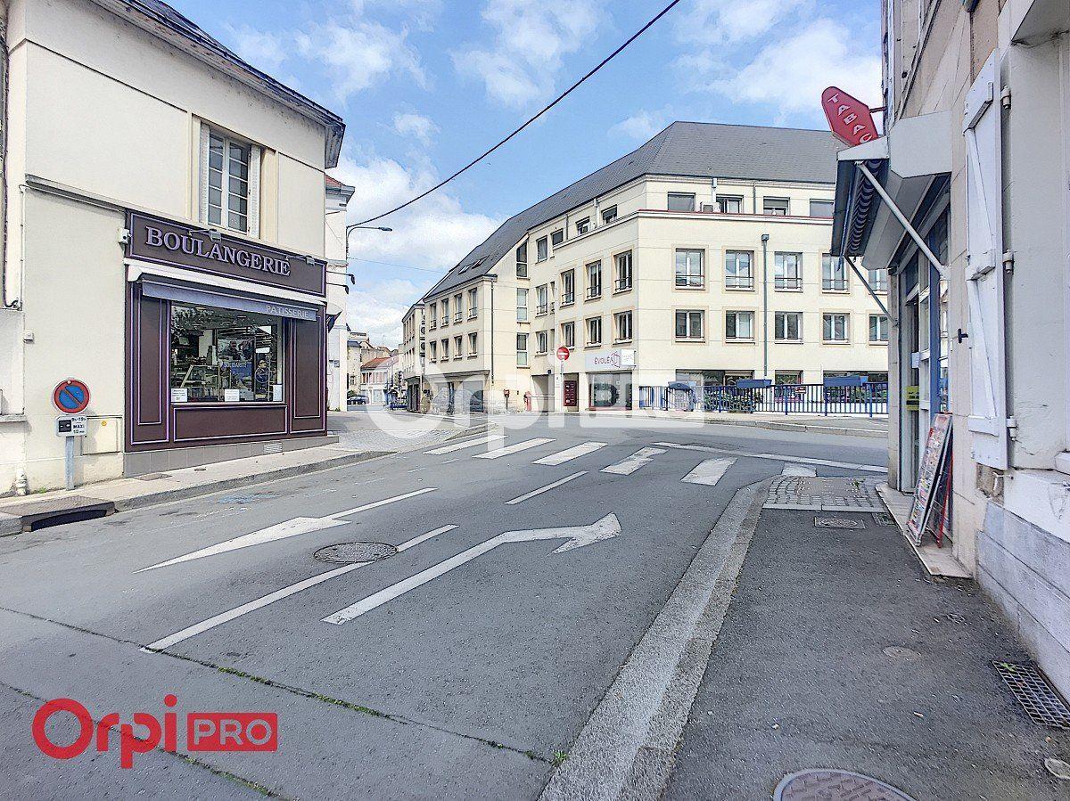 Local commercial à louer 0 80m2 à Montluçon vignette-3