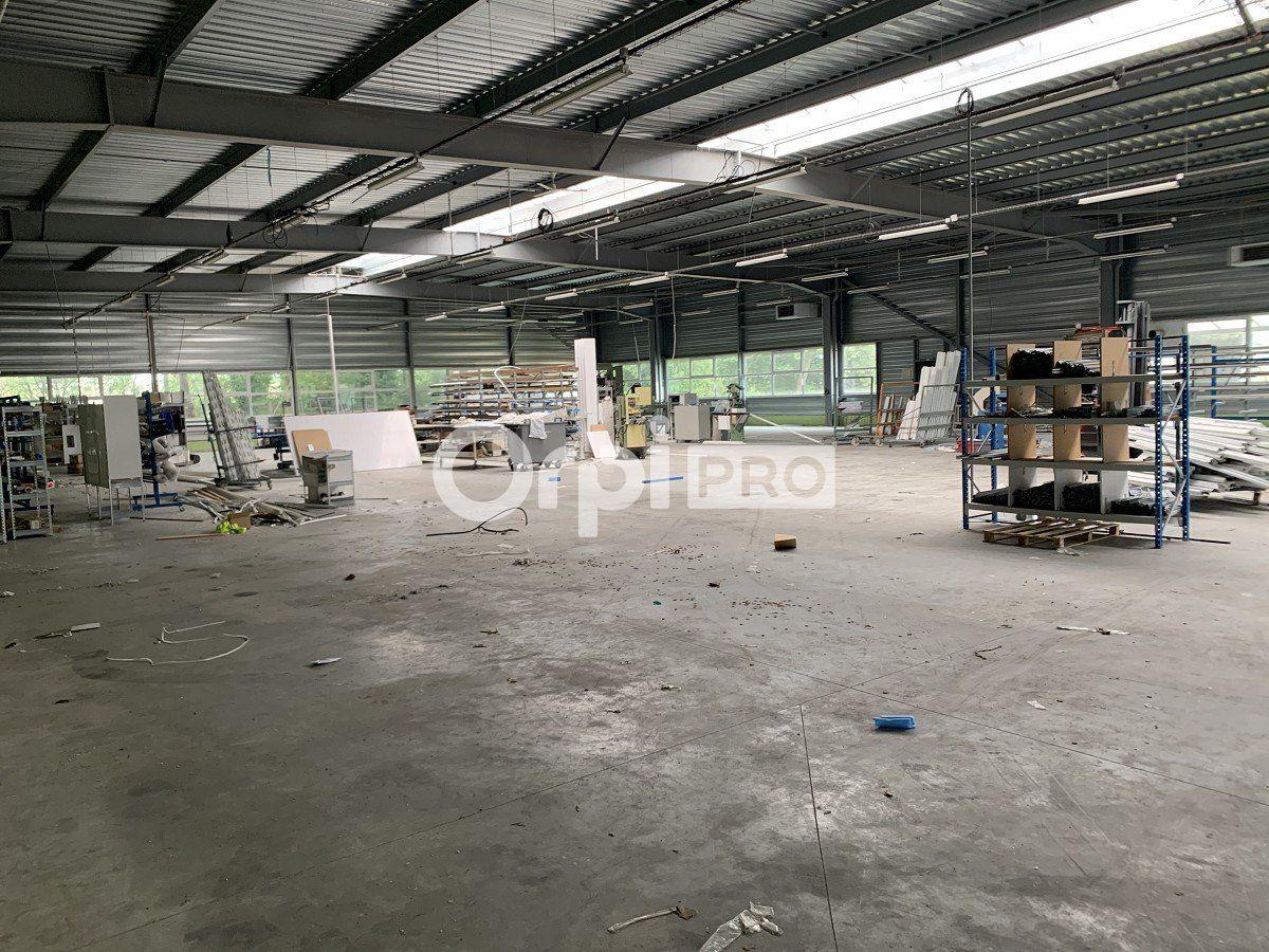 Local d'activité à vendre 0 2820m2 à Ons-en-Bray vignette-3