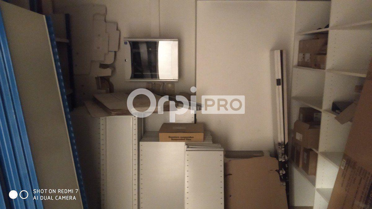 Bureau à louer 0 86.62m2 à Reims vignette-10