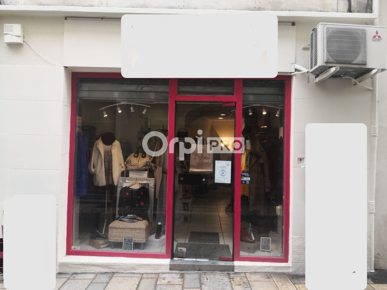 Local commercial à louer 0 90m2 à Arles vignette-1