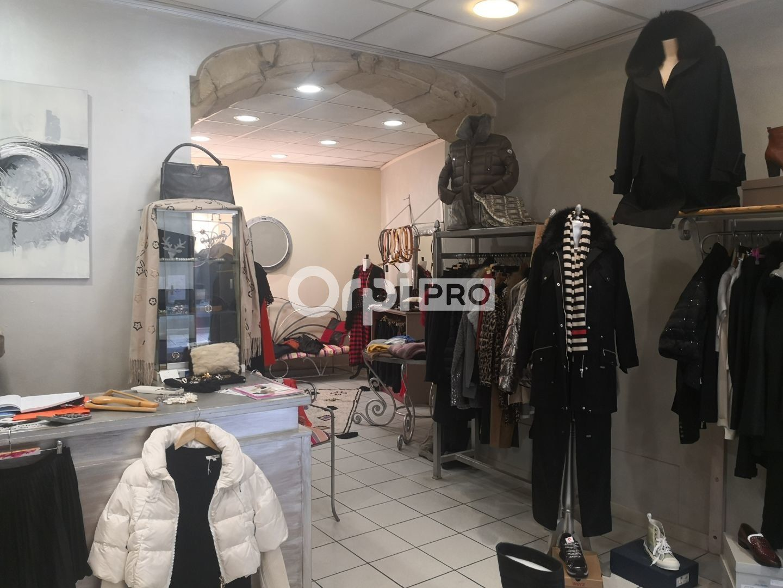 Local commercial à louer 0 90m2 à Arles vignette-2