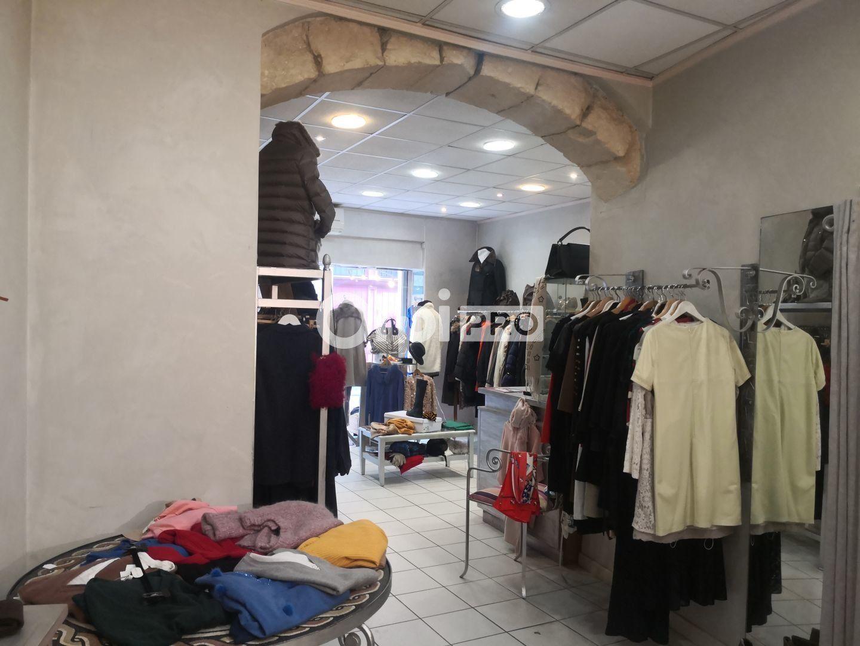 Local commercial à louer 0 90m2 à Arles vignette-3