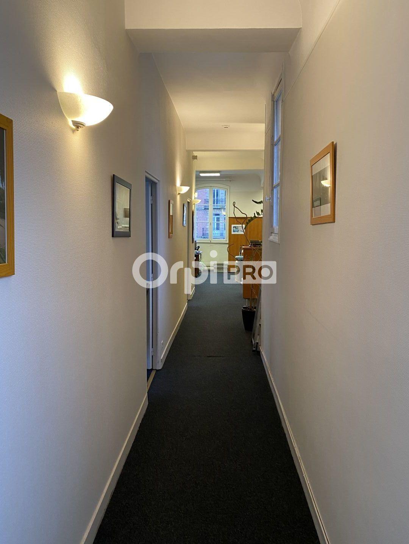 Bureau à louer 0 225m2 à Le Havre vignette-2