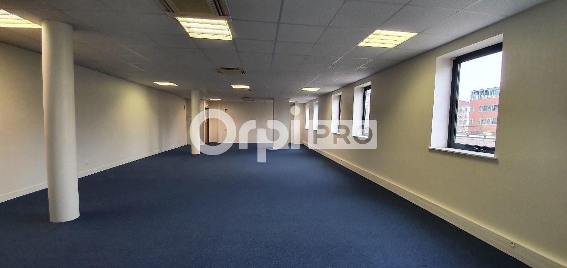 Bureau à vendre 0 107m2 à Bussy-Saint-Georges vignette-2