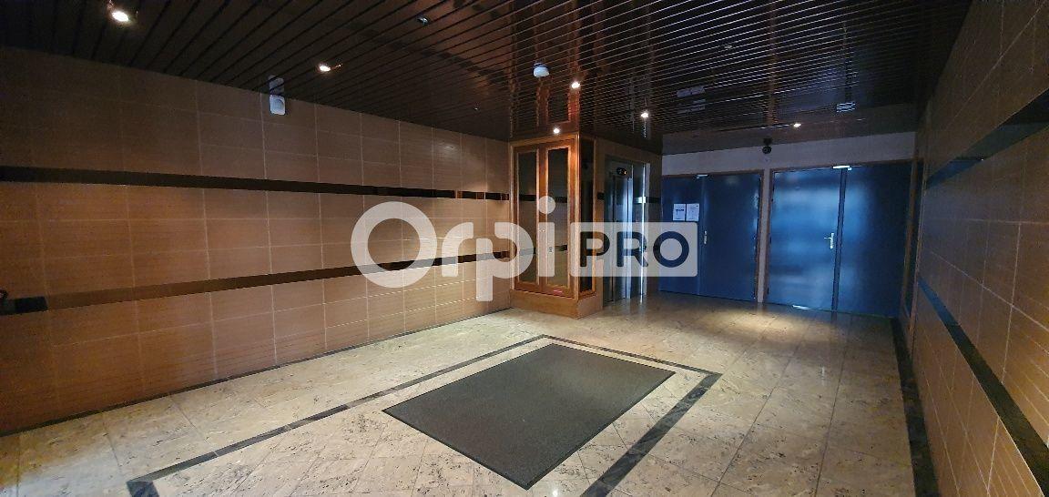 Bureau à vendre 0 107m2 à Bussy-Saint-Georges vignette-4