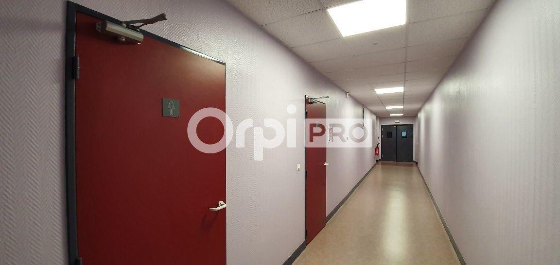 Bureau à vendre 0 107m2 à Bussy-Saint-Georges vignette-5