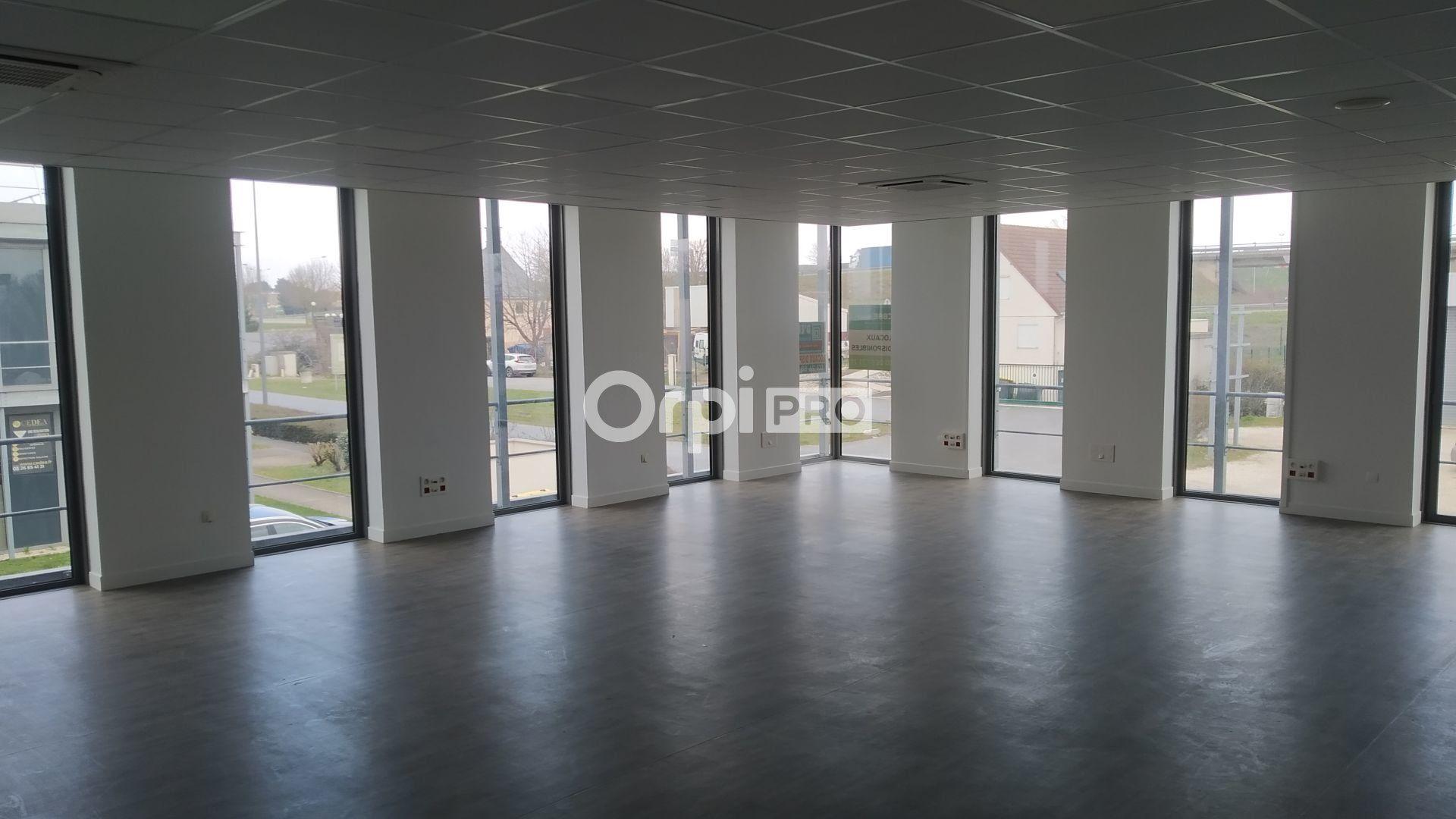 Bureau à louer 0 120m2 à Reims vignette-4