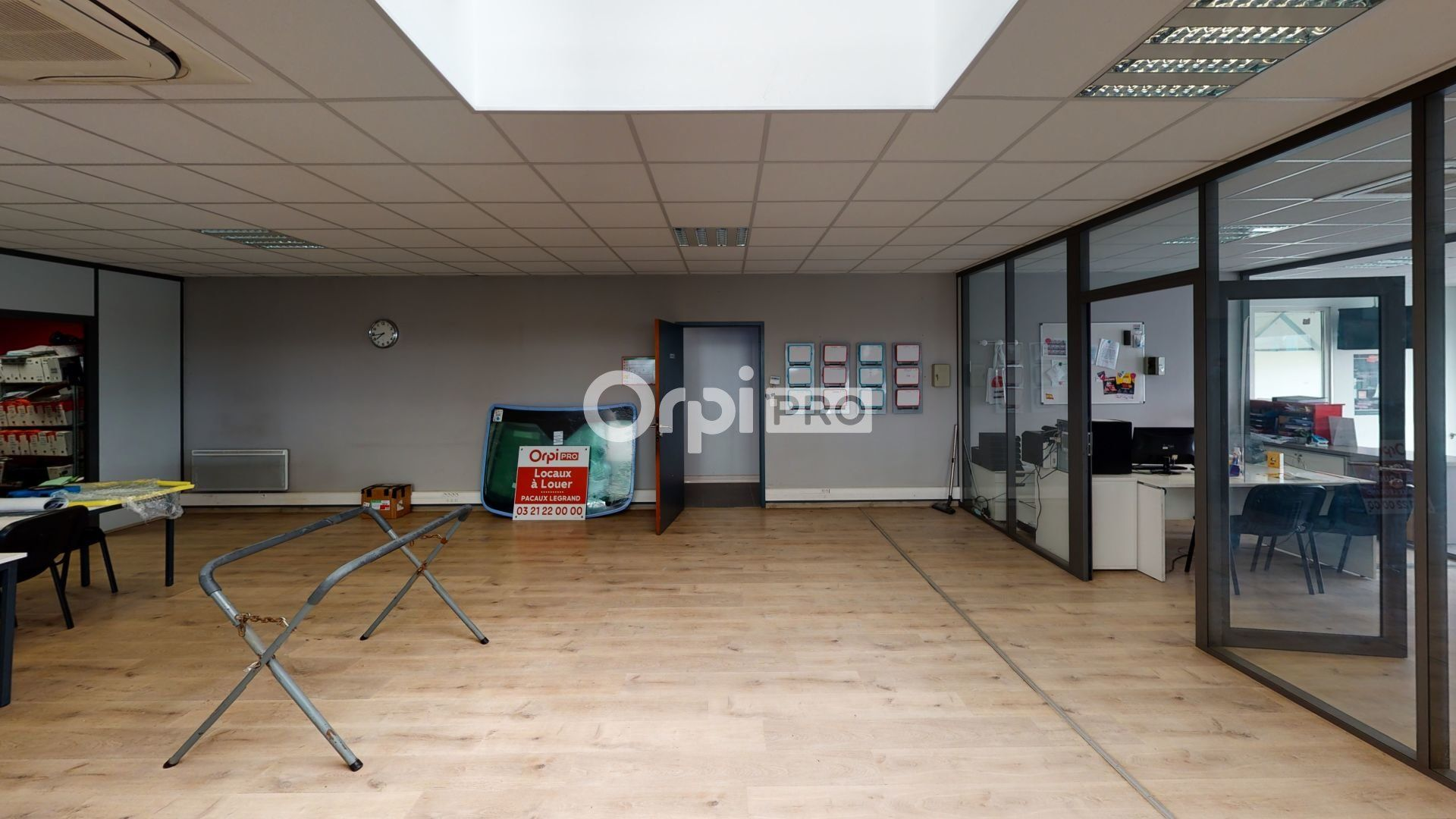 Local commercial à louer 0 400m2 à Lesquin vignette-12