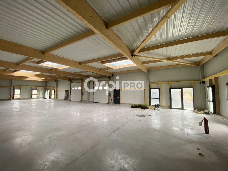 Local d'activité à louer 0 360m2 à Saint-Jean-de-la-Neuville vignette-2