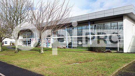 Bureau à louer 0 315m2 à Saint-Cyr-sur-Loire vignette-2
