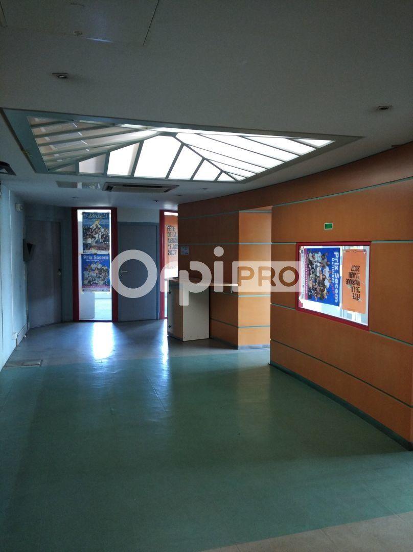 Bureaux à vendre 0 141m2 à Fort-de-France vignette-3