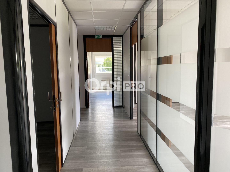 Bureau à vendre 0 65m2 à Nevers vignette-13