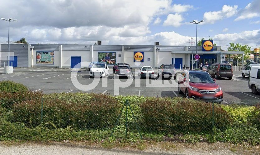 Local commercial à louer 0 1170m2 à Le Haillan vignette-1