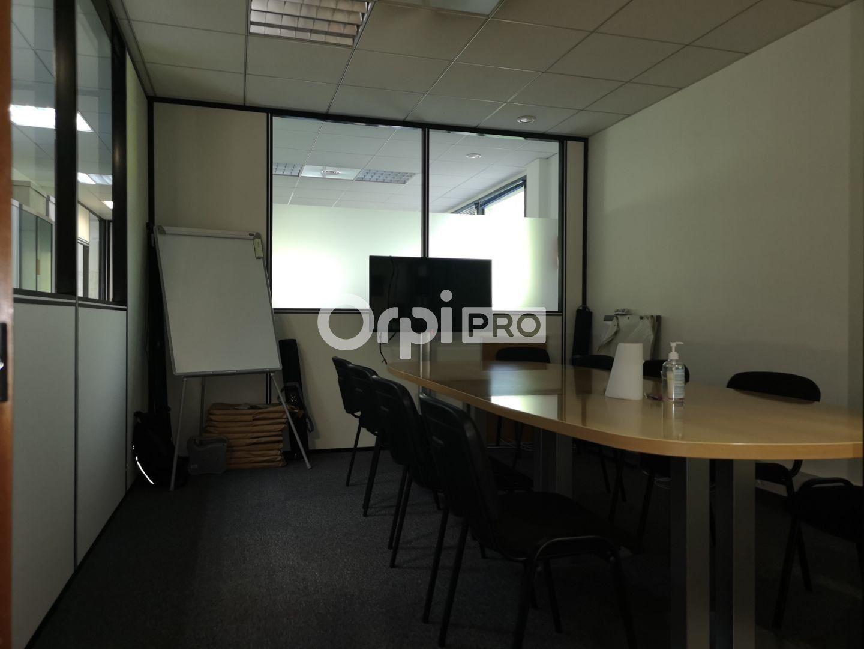 Bureau à louer 0 141m2 à Reims vignette-4