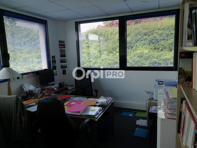 Bureau à louer 0 141m2 à Reims vignette-8
