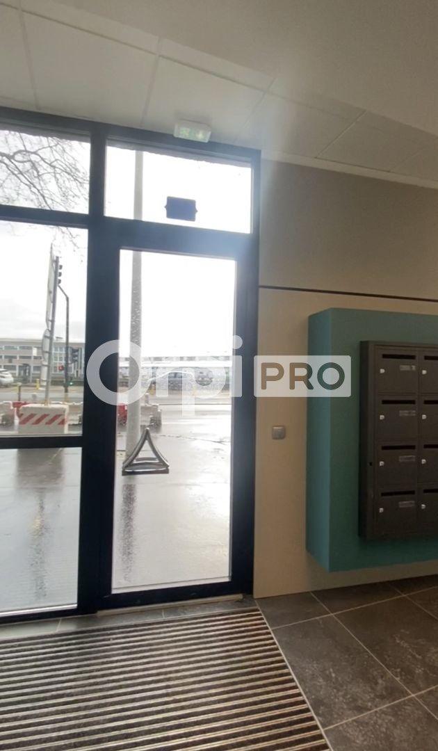 Bureau à vendre 0 223.35m2 à Le Havre vignette-3
