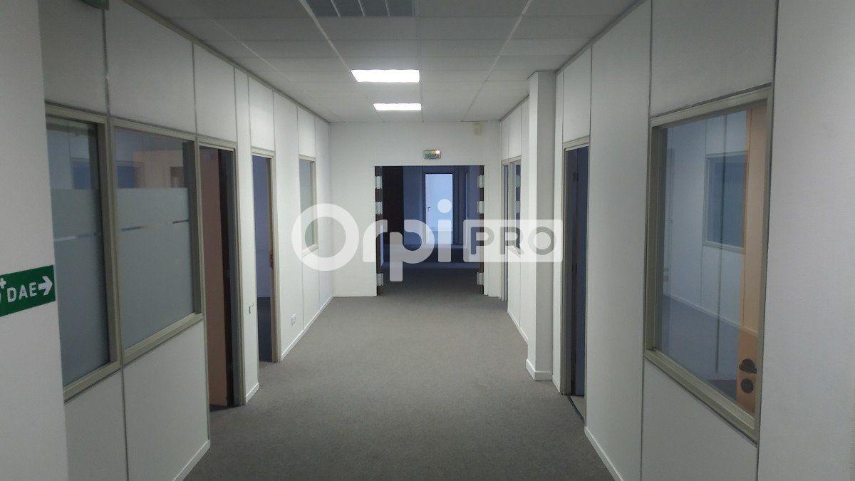 Bureau à louer 355m2 à Reims