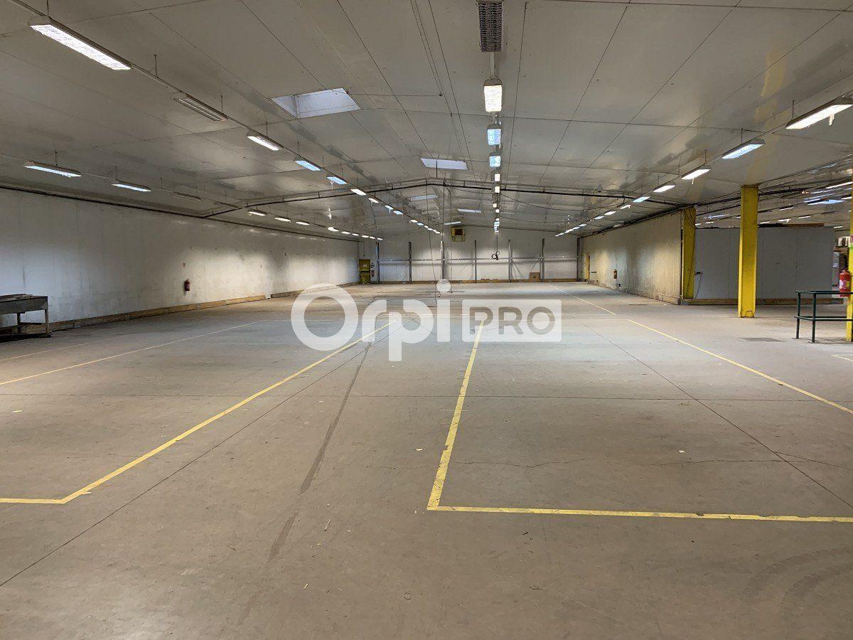 Local d'activité à vendre 3384m2 à Compiègne