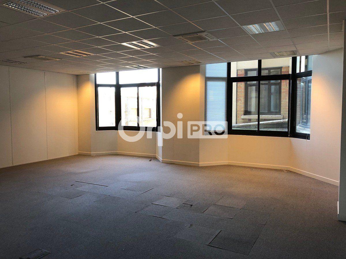 Bureau à louer 250m2 à Reims