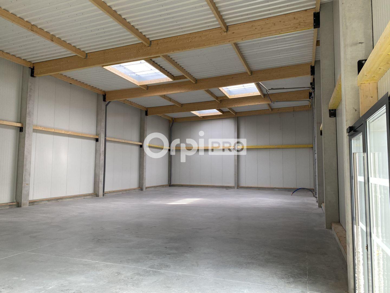 Local d'activité à louer 300m2 à Saint-Jean-de-la-Neuville