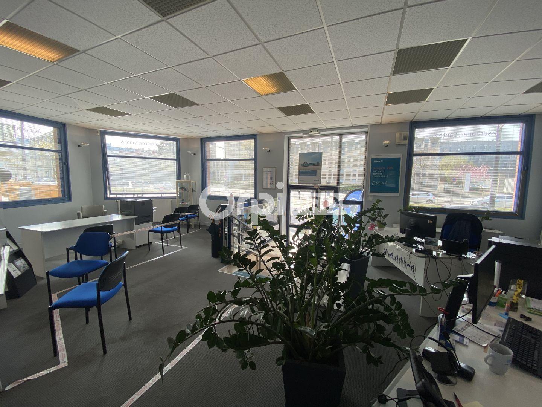 Bureau à louer 120m2 à Le Havre
