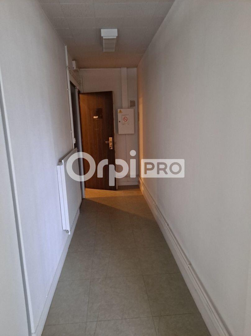 Bureau à louer 154m2 à Châlons-en-Champagne