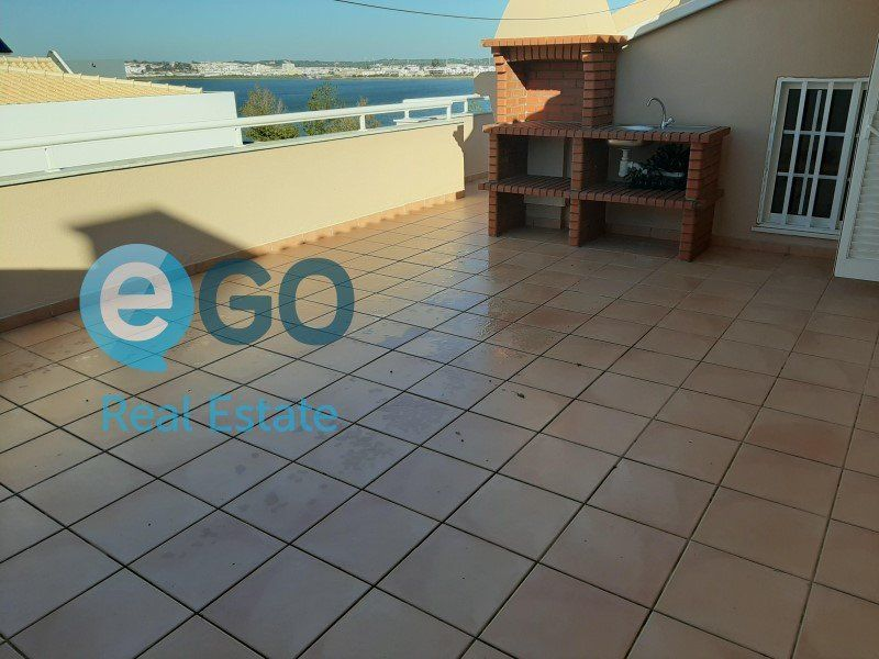 Appartement à vendre 5 242m2 à Vila Real de Santo António vignette-11