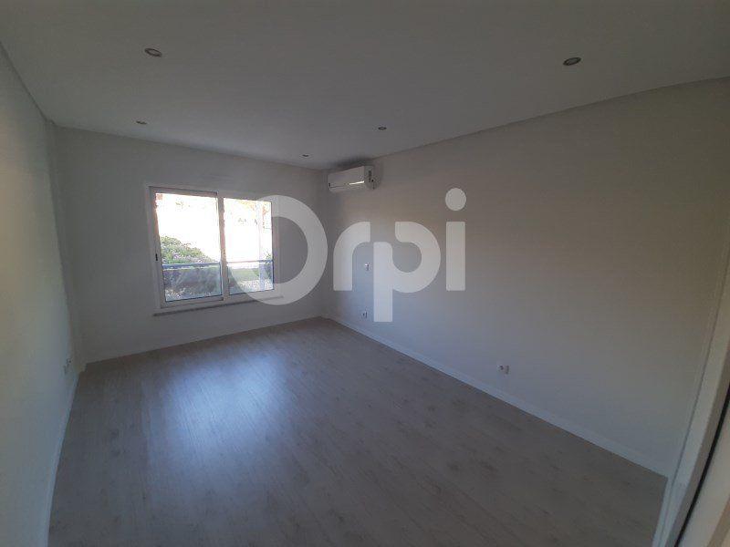 Appartement à vendre 4 134.96m2 à Tavira vignette-8