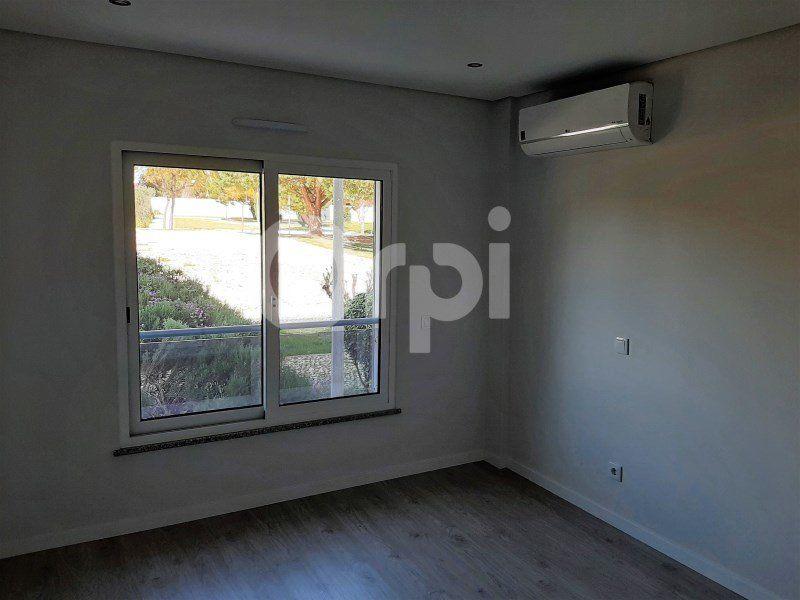 Appartement à vendre 4 134.96m2 à Tavira vignette-9