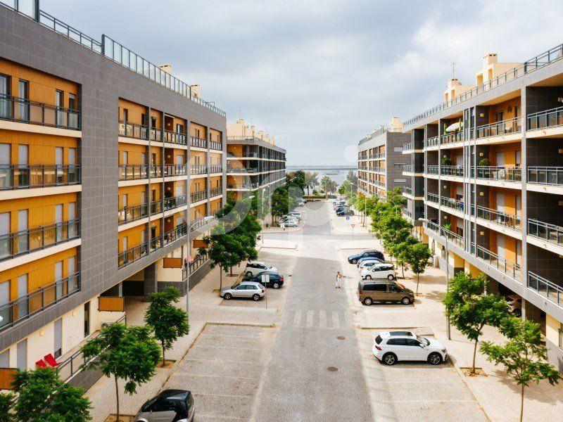Appartement à vendre 4 114.39m2 à  vignette-2