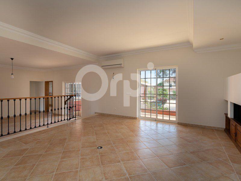 Maison à vendre 4 203m2 à Olhão vignette-7