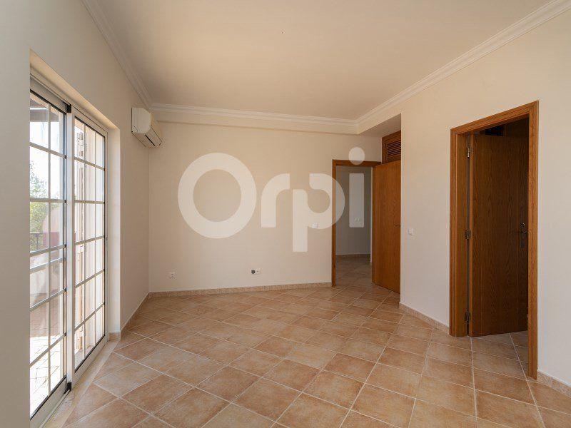 Maison à vendre 4 203m2 à Olhão vignette-15
