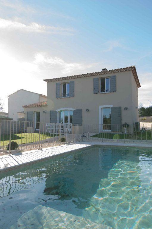 Maison à vendre 5 132m2 à Saint-Hilaire-d'Ozilhan vignette-16