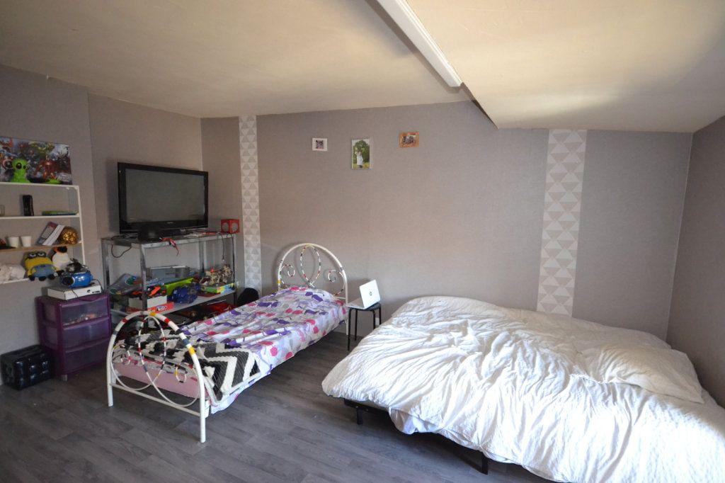 Maison à vendre 5 110m2 à Fournès vignette-9