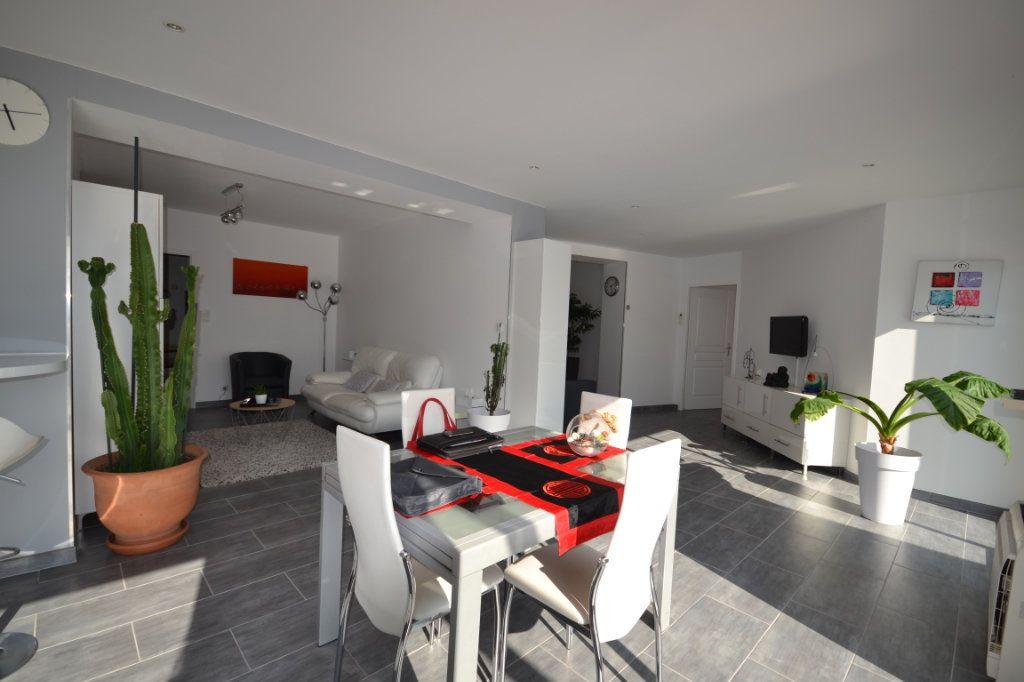 Maison à vendre 8 210m2 à Lédenon vignette-8
