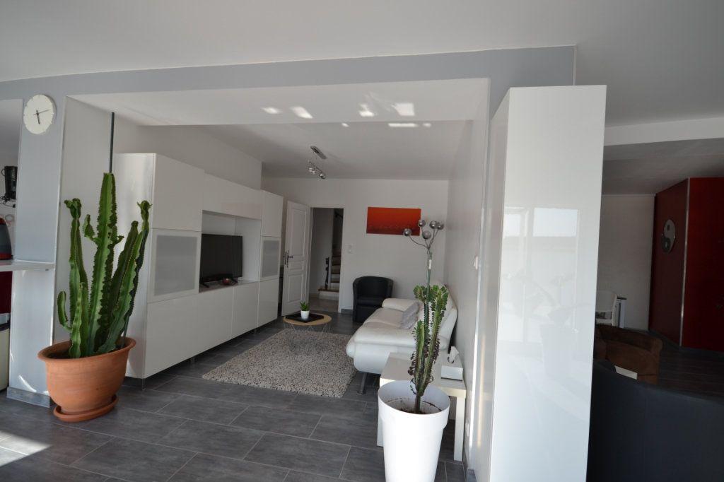 Maison à vendre 8 210m2 à Lédenon vignette-9