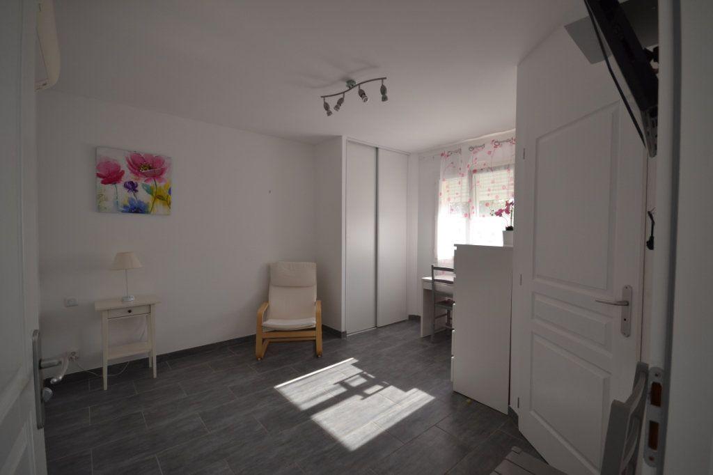 Maison à vendre 8 210m2 à Lédenon vignette-13