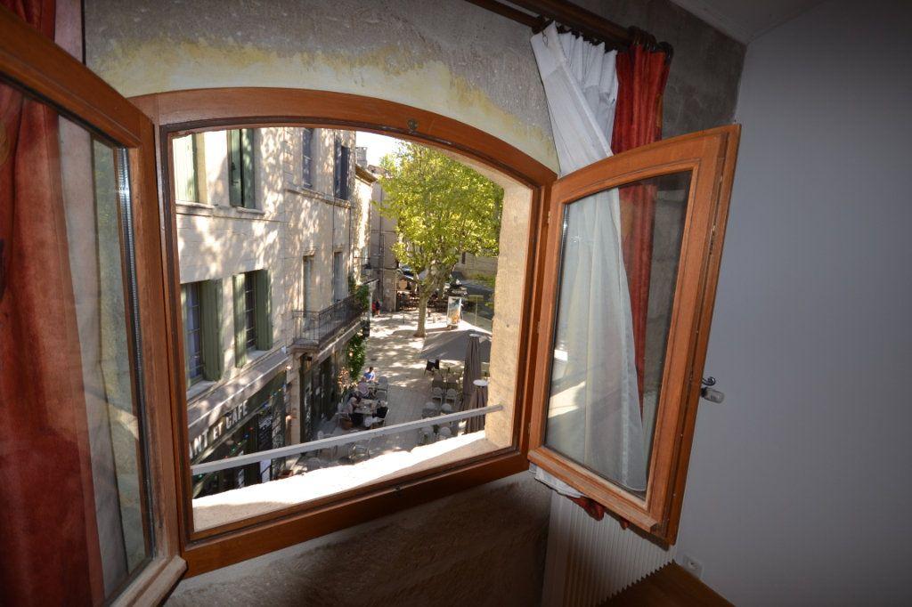 Appartement à vendre 4 92m2 à Uzès vignette-13