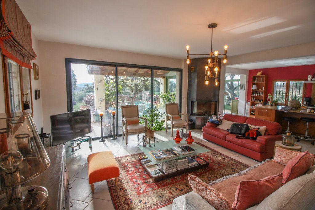 Maison à vendre 10 290m2 à Uzès vignette-6