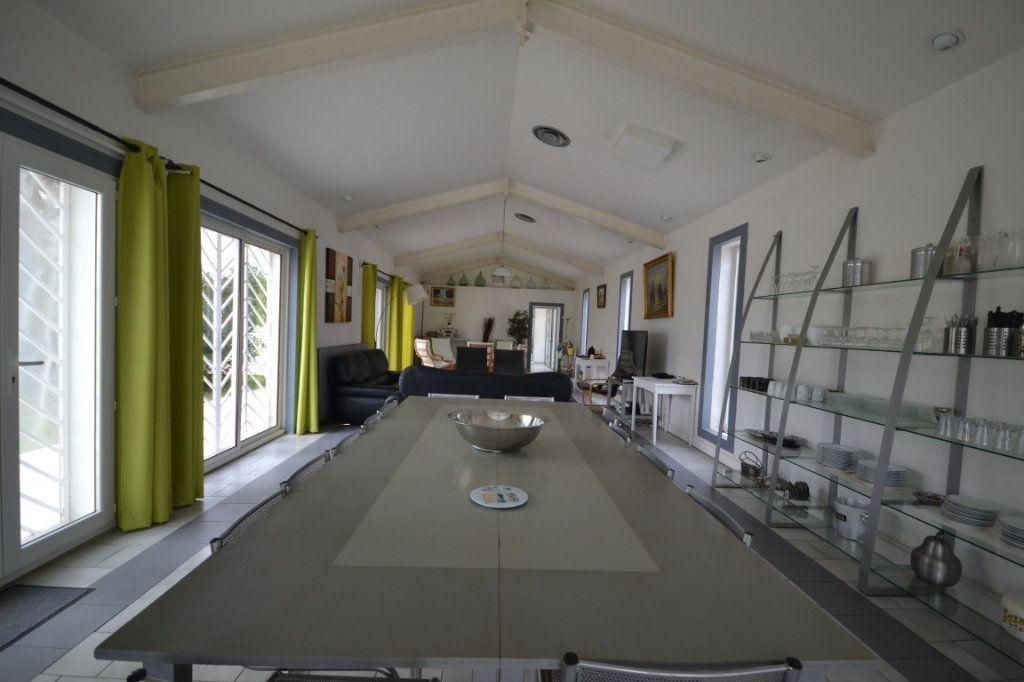 Maison à vendre 9 250m2 à Meynes vignette-6