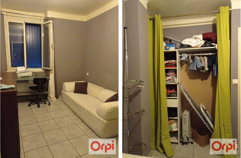 Maison à vendre 4 110m2 à Pont-Saint-Esprit vignette-10