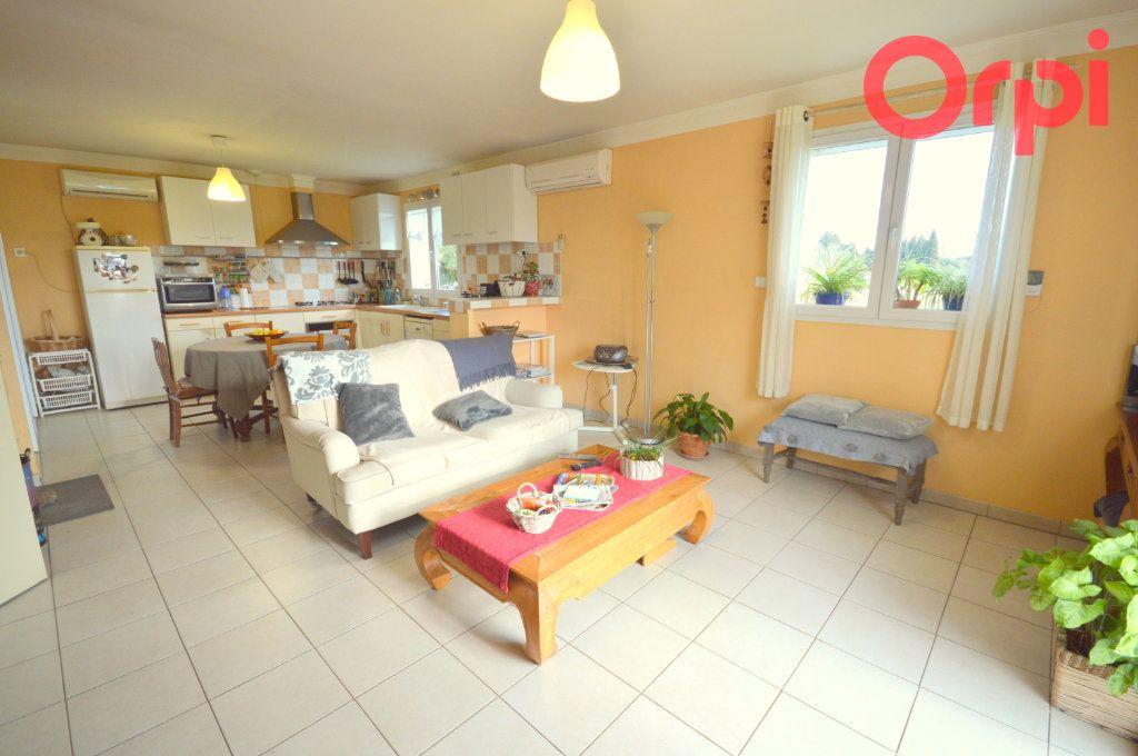 Maison à vendre 6 135m2 à Saint-Quentin-la-Poterie vignette-5