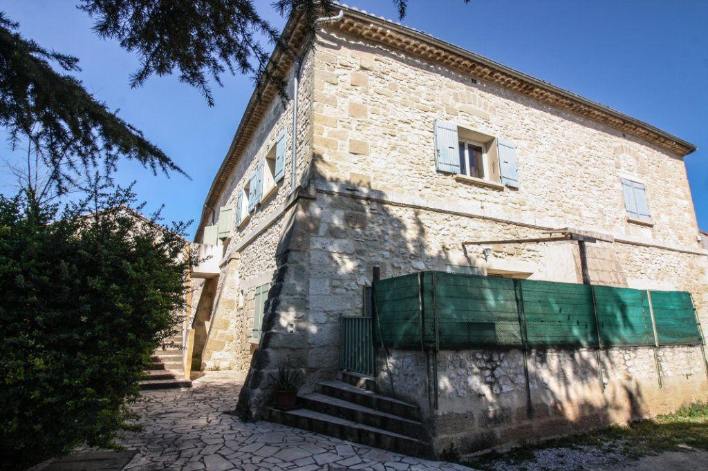 Maison à vendre 16 445m2 à Sanilhac-Sagriès vignette-3